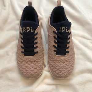 APL Techloom Mauve Navy Sneakers 8
